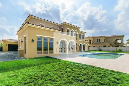 5 Bedroom Villa for Sale in Saadiyat Island, Abu Dhabi - Five bed Premium Villa | Golf course View