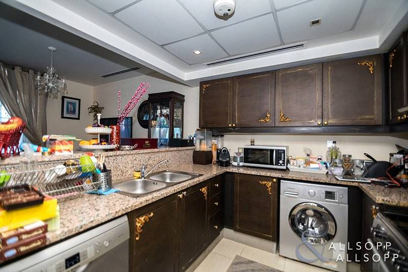 2 Upgraded To 2 Bed | Single Row | Vacant