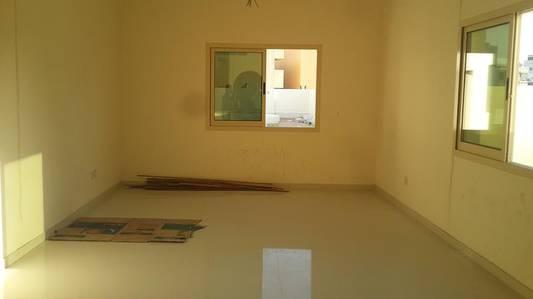 Studio for Rent in Bur Dubai, Dubai - Studio for rent in burdubai sharing allowed