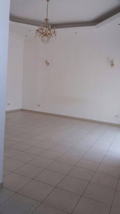 فیلا  للايجار في شرقان، الشارقة - فیلا في شرقان 4 غرف 80000 درهم - 2727181