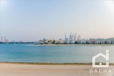 5 Bedroom Villa for Sale in Palm Jumeirah, Dubai - Luxury 5 Bed Atrium Mansion / High Number / Skyline Views