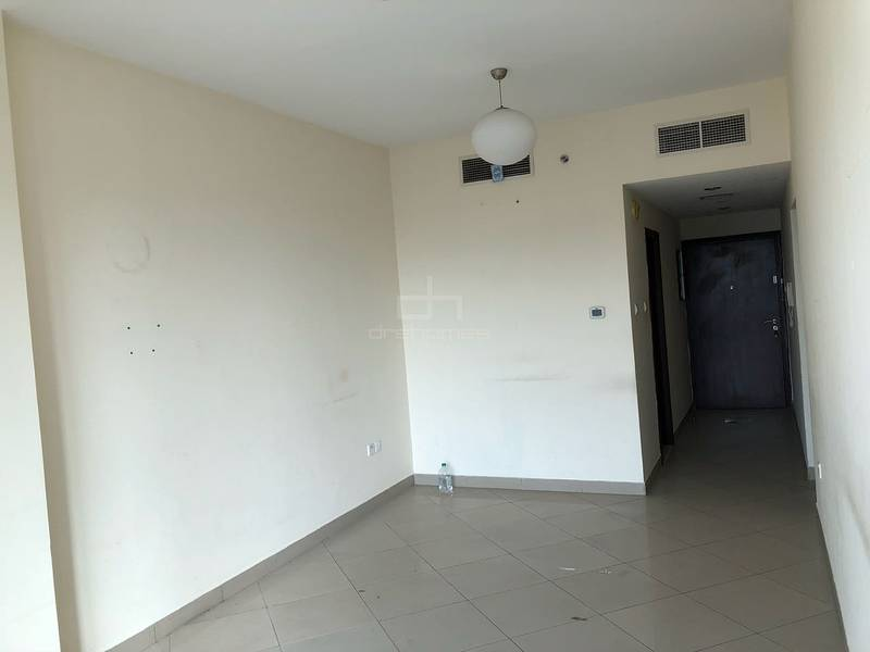 Lowest Price 2BR + Store|Closed Kitchen
