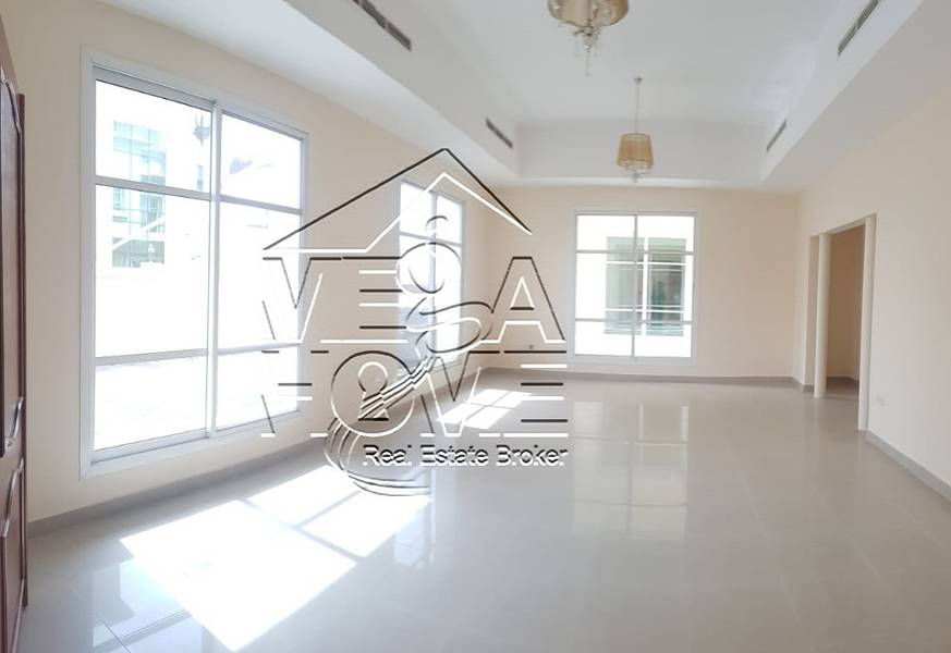 LUXURIOUS-5 BEDROOM VILLA IN COMPOUND W/4 PARKING