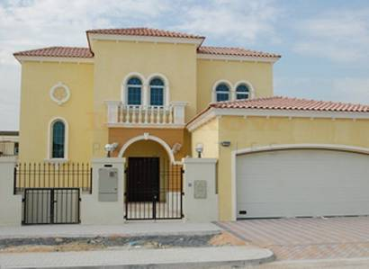 3 Bedroom Villa for Sale in Jumeirah Park, Dubai - 3Legacy