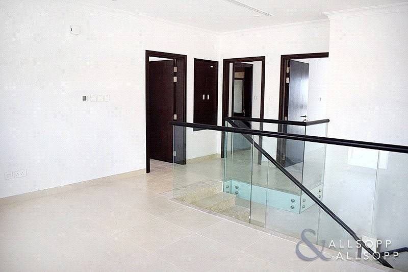 2 Type 4D3 |  4 Bedroom Villa | Single Row