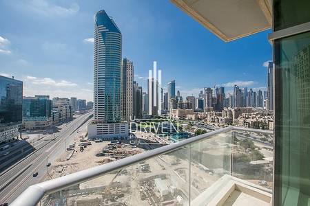 1 Bedroom Apartment for Rent in Downtown Dubai, Dubai - Spacious 1 Bedroom Apartment   Burj View
