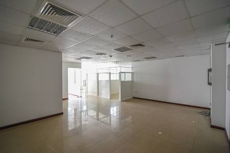 Shop for Rent in Business Bay, Dubai - 1 Month Free Rent I Office I 966 Sq.ft I Clover Bay I
