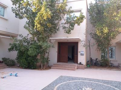 4 Bedroom Villa Compound for Rent in Mirdif, Dubai - 4 BEDROOM VILLA COMPOUND 1 ROOM IS DOWN AL MASTER ROOM MAID ROOM 6 BATH SHERING POOL PARKING IN 120
