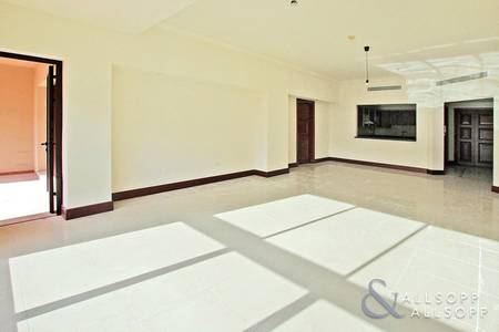 2 Bedroom Flat for Sale in Palm Jumeirah, Dubai - 2 Bedroom + Maids | C Type Flat | Vacant