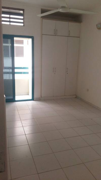 Studio for Rent in Bur Dubai, Dubai - BEAUTIFUL STUDIO FLAT FOR RENT