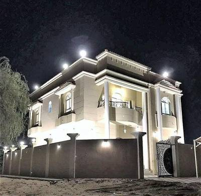 5 Bedroom Villa for Sale in Al Helio, Ajman - Villa for sale new first inhabitant with electricity and air conditioners at a price