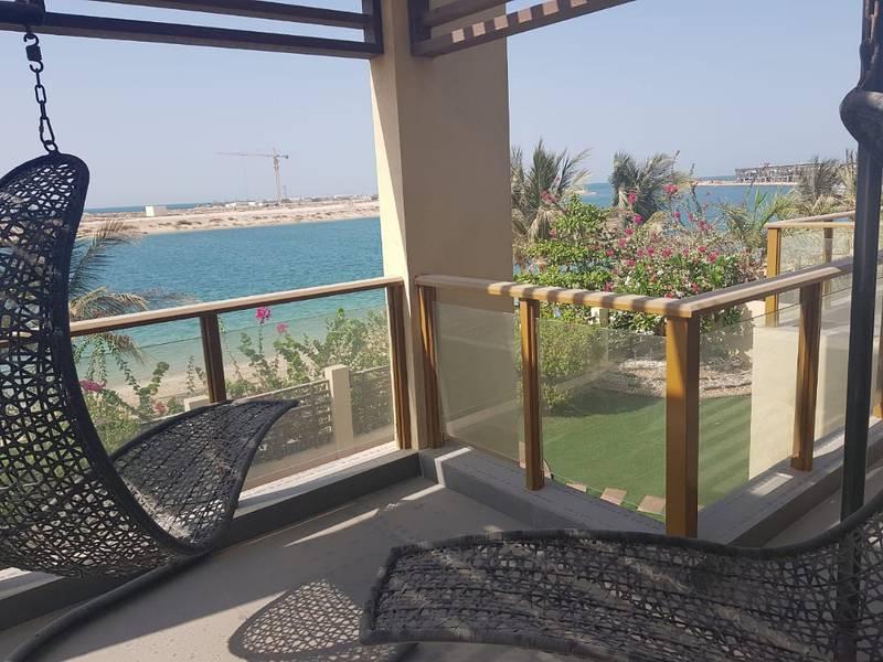 فیلا في ماليبو میناء العرب 4 غرف 5000000 درهم - 3571831