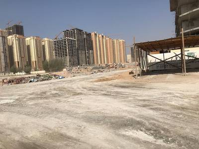 Plot for Sale in Al Amerah, Ajman - Land for sale with a land permit   I floor next to the University of home to facilitate payment by t