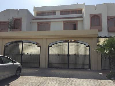 Studio for Rent in Diplomatic Area, Abu Dhabi - Lovely studio with tawtheeq no commission fees