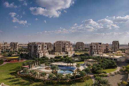 1 Bedroom Flat for Sale in Remraam, Dubai - 4%DLD waver  ZERO% commission -5% down payment only