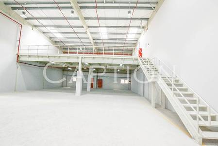 Warehouse for Rent in Al Quoz, Dubai -  clean and quality warehouse for rent