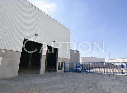 Warehouse for Rent in Al Quoz, Dubai - Large single unit warehouse