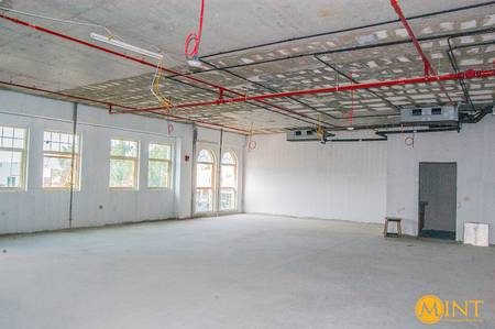 Office for Rent in Jumeirah, Dubai - Office Space Rent  | Spacious | Best Price