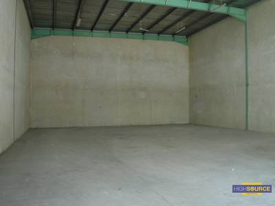 Warehouse for Rent in Ras Al Khor, Dubai - Warehouse in Ras Al Khor  3238SqFt