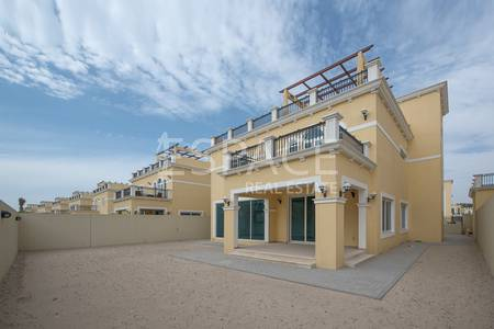 4 Bedroom Villa for Sale in Jumeirah Park, Dubai - Brand New in Prime Location - Single Row
