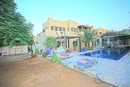 6 Bedroom Villa for Sale in Arabian Ranches, Dubai - Quiet Location | Private Pool | 6 Bedrooms