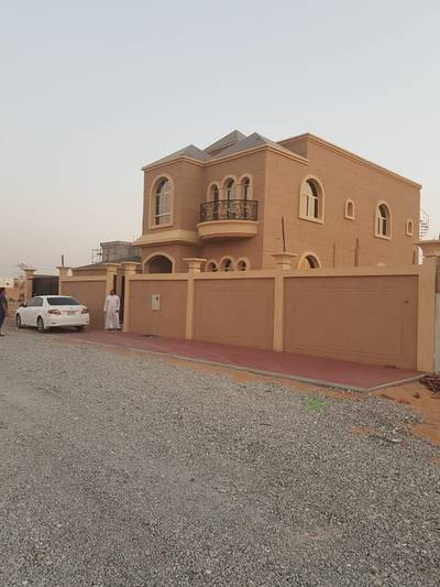 5 Bedroom Villa for Sale in Al Yasmeen, Ajman - For sale villa free behind the garden directly wide area