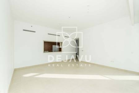 2 Bedroom Apartment for Rent in The Hills, Dubai - Bright and beautiful 2 bedrooms  with direct pool access