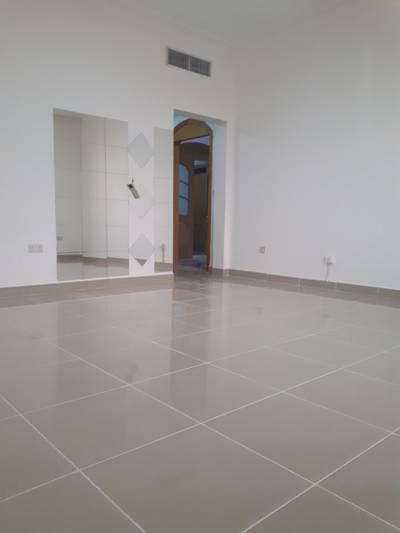1 Bedroom Apartment for Rent in Diplomatic Area, Abu Dhabi - 1 BR near pepsi with Tawteeq, no commission !