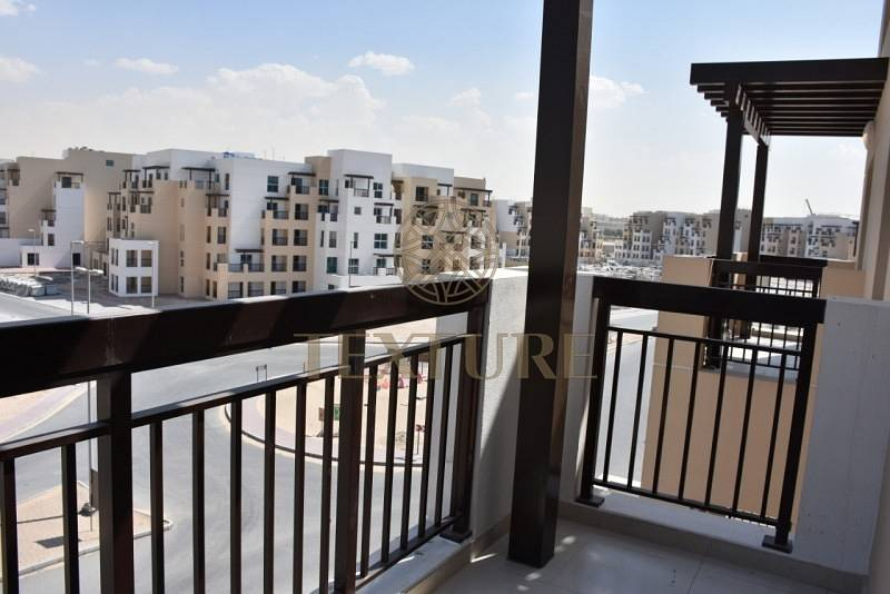 1 BR Brand New Apartment & Free Parking in AKH