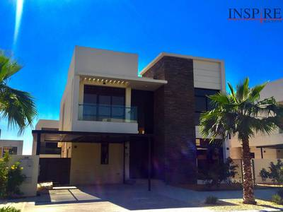 5 Bedroom Villa for Sale in DAMAC Hills (Akoya by DAMAC), Dubai - Cant Take My Eyes off Dont Delay Call Today!