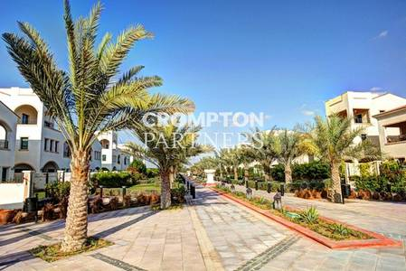 3 Bedroom Villa for Rent in Al Salam Street, Abu Dhabi - Gorgeous 3 bedroom Italian Family Home!!