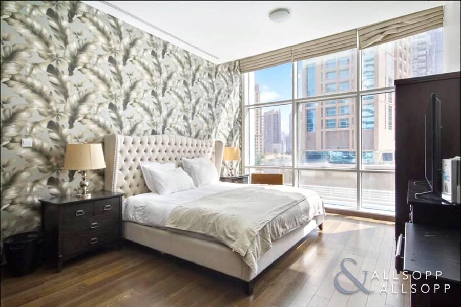 10 1 Bedroom | Fully Furnished | Upgraded
