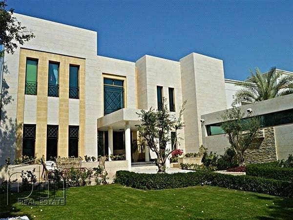 Modern Italian style Villa in prestigious R sector