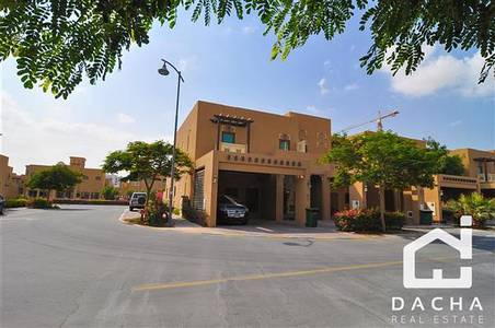 تاون هاوس  للبيع في الفرجان، دبي - TENANTS PAY 152K  DUBAI STYLE TOWNHOUSE