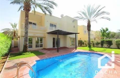 5 Bedroom Villa for Rent in The Meadows, Dubai - Single row