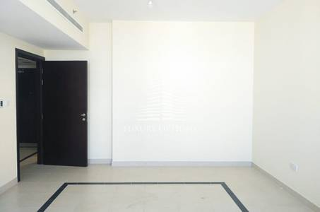 2 Bedroom Flat for Rent in Madinat Zayed, Abu Dhabi - 2 BR APT with Parking in Madinat Zayed for 75K