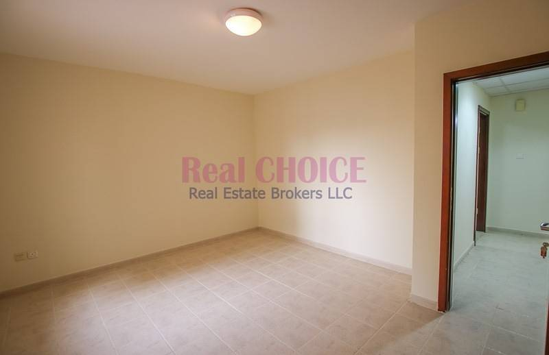 Well Maintained 2BR|12 Chqs|No Commission