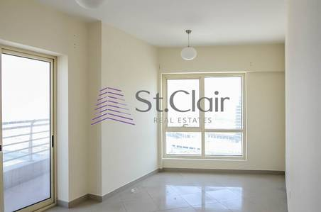 3 Bedroom Flat for Rent in Jumeirah Lake Towers (JLT), Dubai - 3 BR + Maids in Icon Tower 2 | Lake View