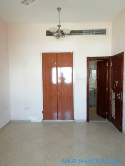 فیلا في شرقان 5 غرف 90000 درهم - 3738249