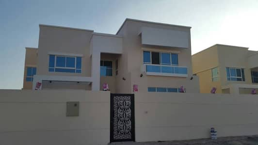 5 Bedroom Villa for Sale in Al Hamidiyah, Ajman - Villa for sale in Hamidiya
