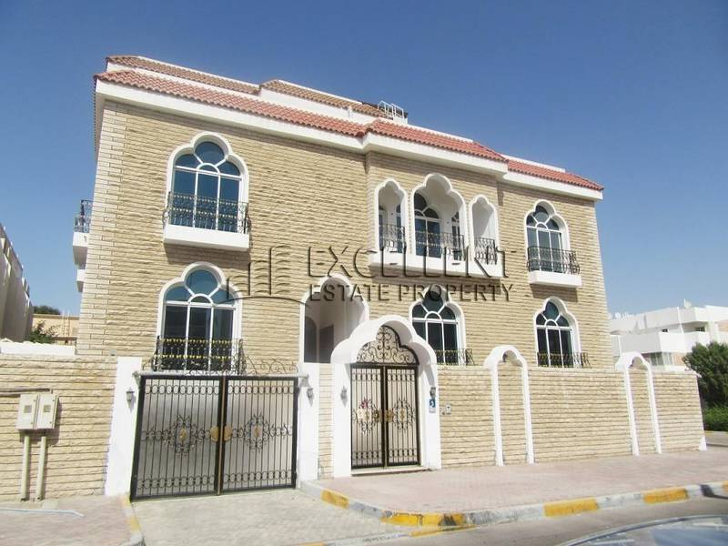 Glamorously Maintained Stand Alone Villa in Muroor