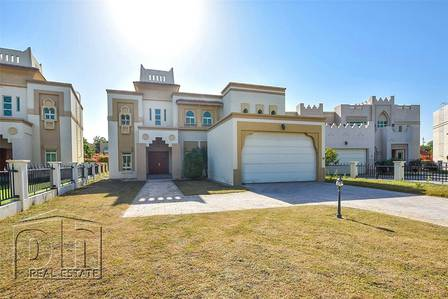 4 Bedroom Villa for Rent in Jumeirah Islands, Dubai - Vacant|Backing Lake|Great Price|View Now