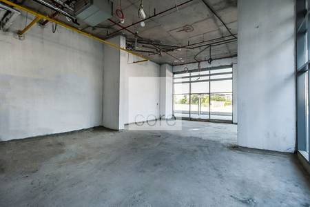Shop for Rent in Dubai Studio City, Dubai - Corner Retail unit | Shell and Core | DED