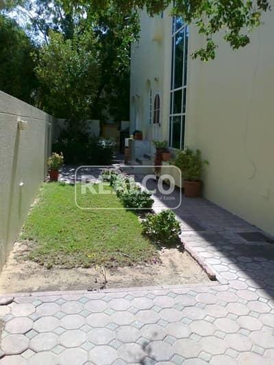 5 Bedroom Villa Compound for Sale in Umm Suqeim, Dubai - 10 villas Compound
