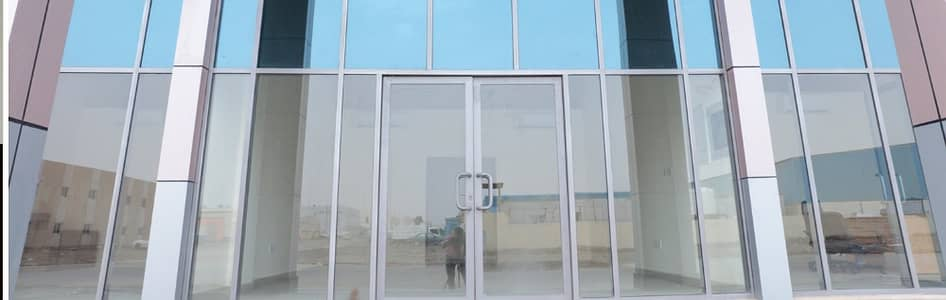 Showroom for Rent in Mussafah, Abu Dhabi - Excellent Showrooms with Strategic location for rent in Mussafah area - NO Commission