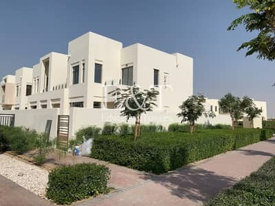 3 Bedroom Villa for Sale in Reem, Dubai - Exlusive