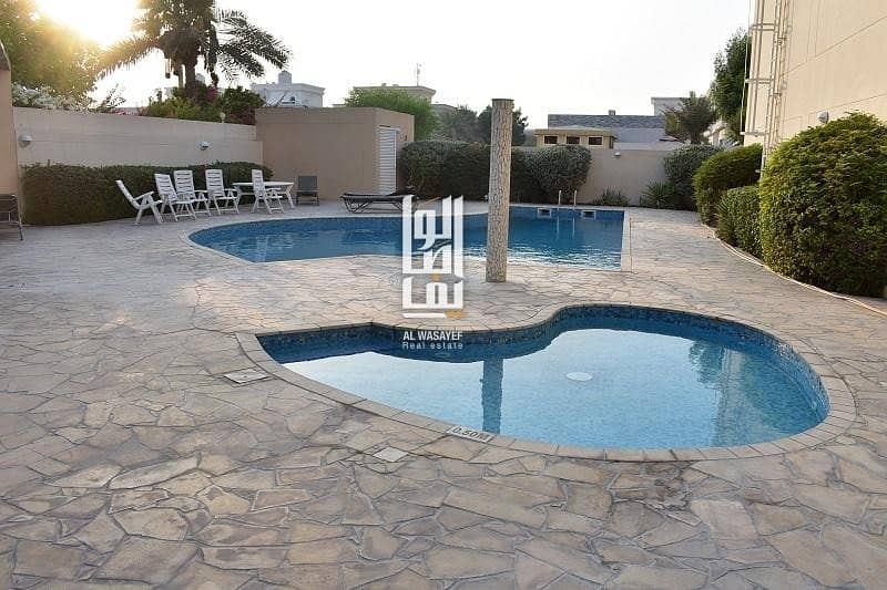 2 Modern 5 Bed+M Garden| Shared Pool | Gym..