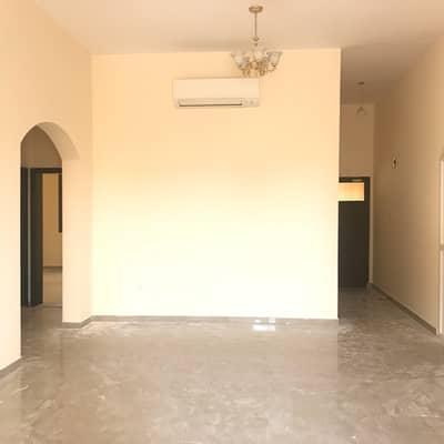 4 Bedroom Villa for Rent in Oud Al Muteena, Dubai - verynicevillaforrent4masterbedatoudalmotina