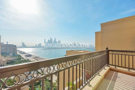 3 Bedroom Penthouse for Sale in Palm Jumeirah, Dubai - Sea View |Fully Furnished|Fully Upgraded