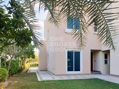 5 Bedroom Villa for Rent in Dubai Sports City, Dubai - Golf Course View|5 BR in Victory Heights